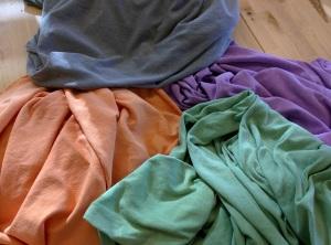 Thermo-chromic fabrics